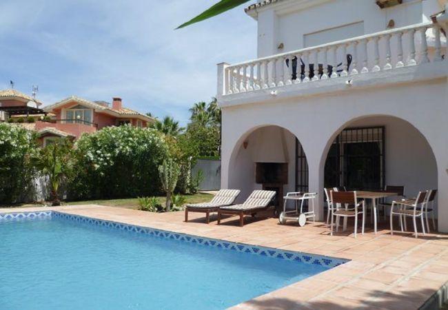 Villa i Marbella - 23701 - CUTEST BEACH VILLA – 30 M TO BEACH