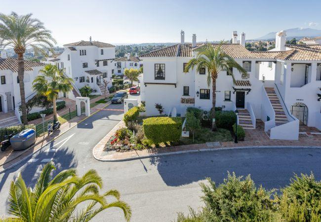 Ferielejlighed i Puerto Banus - MDB- Luxury 3 bedroom penthouse with pool