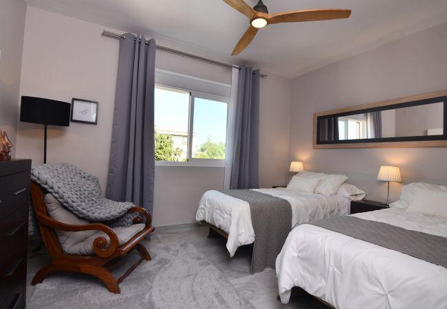 Villa en Marbella - 10054 - LUXURIOUS BEACH SIDE VILLA