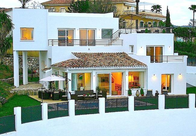 Villa in Marbella - 10237 - BRAND NEW VILLA close to beach