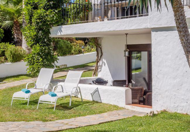 Garden of Magnificent apartment in Nueva Andalucia