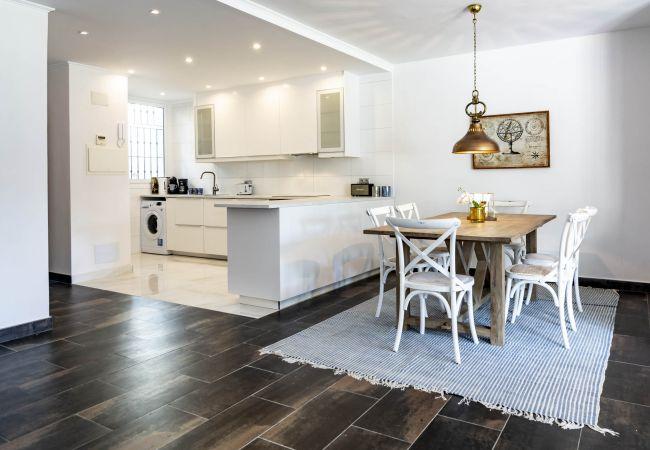 Apartment in Nueva andalucia - LC - Magnificent apartment in Nueva Andalucia