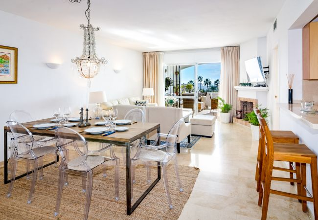 Apartment in Nueva andalucia - MA-Perfectly located 2 bedroom apt close to port