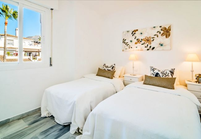 Apartment in Nueva andalucia - LNM- Modern Penthouse with Terrace in Puerto Banus