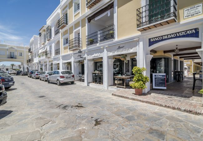 Apartment in Nueva andalucia - AP164-Cozy 2 Bedroom Apartment with Mountain View