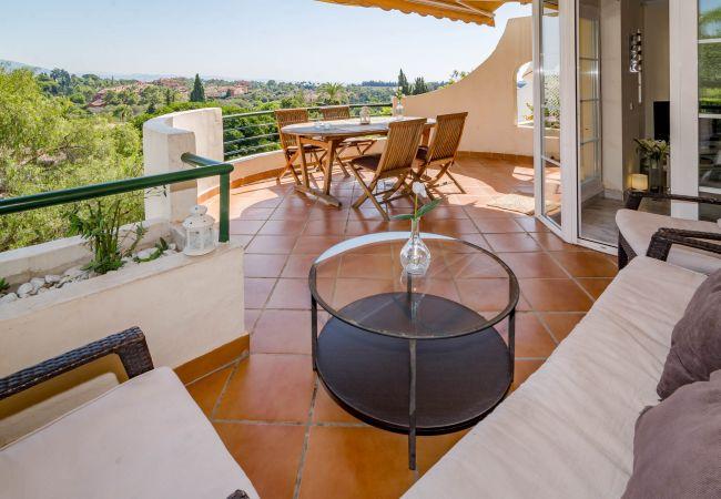 Apartment in Nueva andalucia - SAT Contemporary Apartment in Puerto Banus
