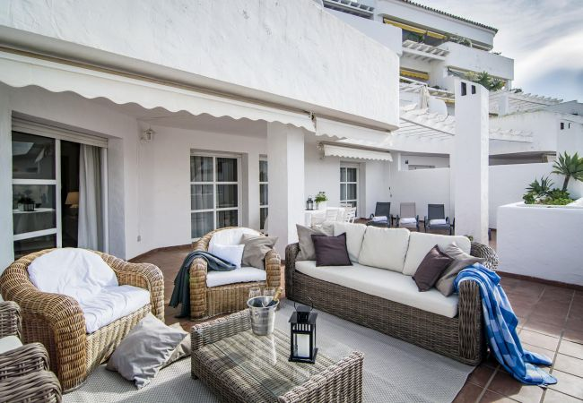 Apartment in Nueva andalucia - ELD3 - Modern Holiday Apartment near Puerto Banus