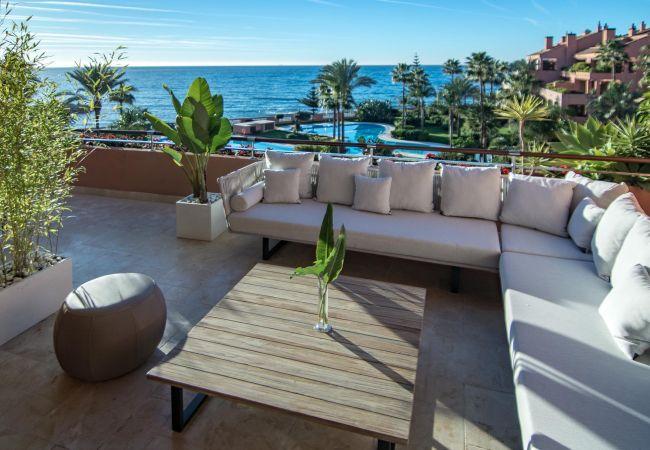 Apartment in Puerto Banus - MAL - Premium Beachside Penthouse in Puerto Banus