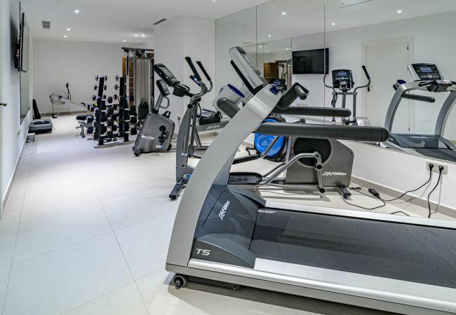 Villa in Marbella - ULC- High security, luxury villa, 6 bedroom