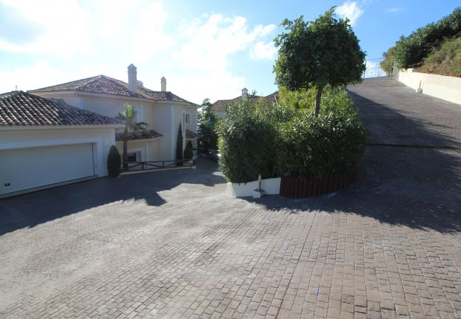 Villa in Marbella - 10004 - 5 Bedroom, Villa Versace