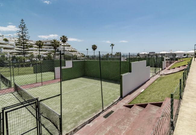 Townhouse in San Pedro de Alcántara - GB13- 5 bedroom townhouse 100 from sandy beaches