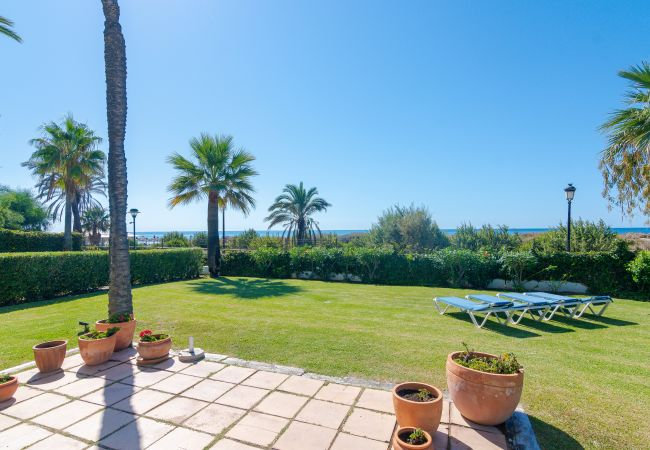 Apartment in Marbella - 21221 HIGH END FIRST LINE APARTMENT.